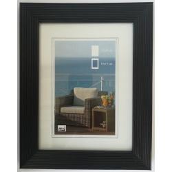 Dřevěný fotorámeček HR-23 20x30 černý